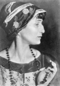 anna_akhmatova_1924-
